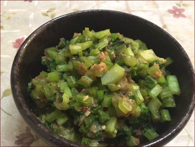 らっこが作った株の葉っぱの佃煮です。