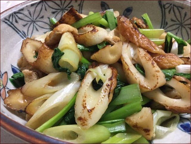 らっこが作った小松菜の野菜炒めです。