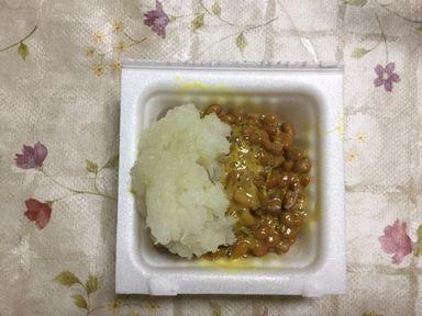 納豆と大根おろしを混ぜます。
