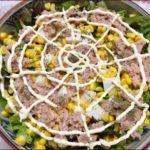 らっこが作ったサニーレタスのツナマヨ豆腐サラダです。