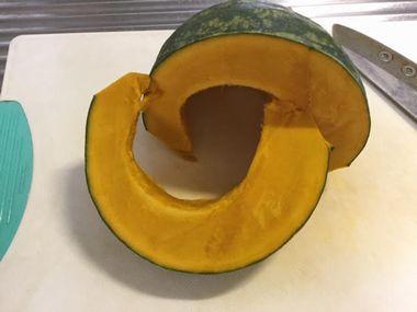 切り口がきれいに切れたかぼちゃです。