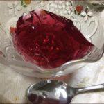 らっこが、頂いた紫蘇ジュースで作ったゼリーです。