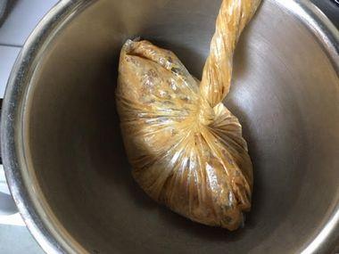 2回焼いても残った鶏むね肉です。