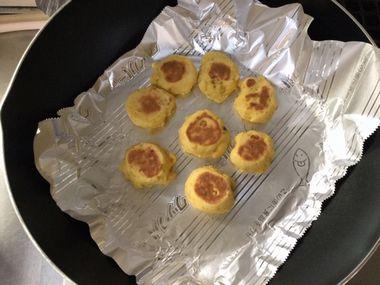 ひっくり返してひっくり返したクッキーです。