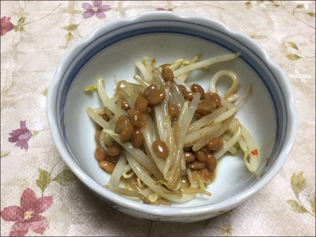 らっこが作った、ポン酢がおいしいもやし納豆です。