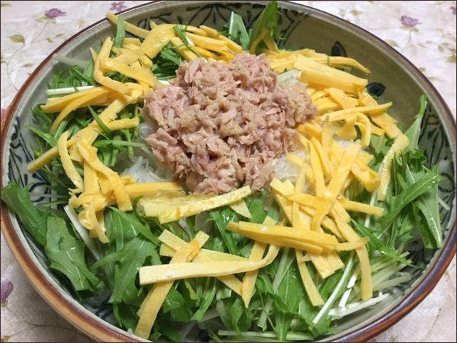らっこが作った錦糸卵のサラダです。