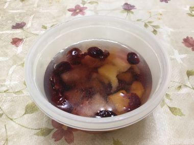 おいしい酢に漬けたドライフルーツです。