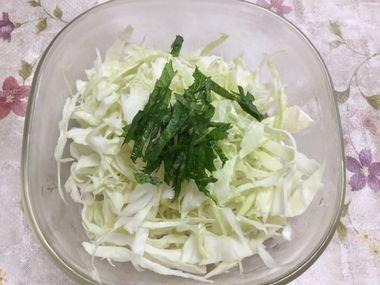 キャベツのサラダです。