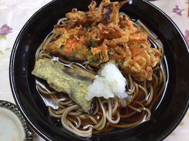 天ぷら手折り蕎麦です。