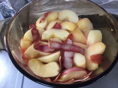 りんごが随分しんなりしてきています。