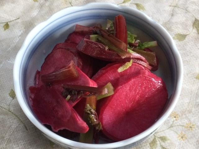 赤大根の酢漬けです。