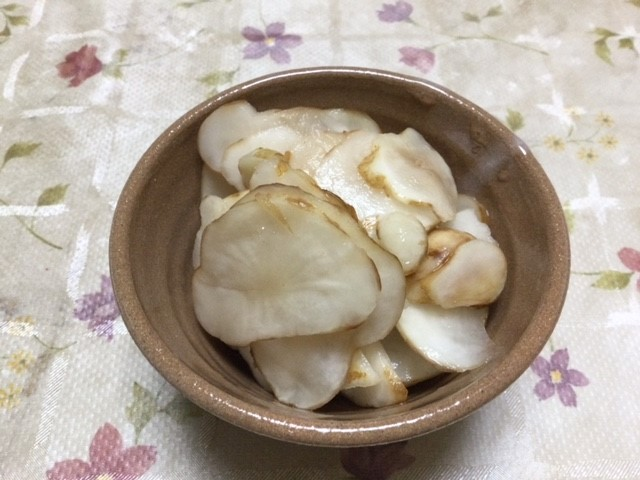菊芋の酢漬けです。