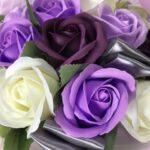 こぎ兄さんがこぎ母に贈ったソープフラワーの紫のバラ
